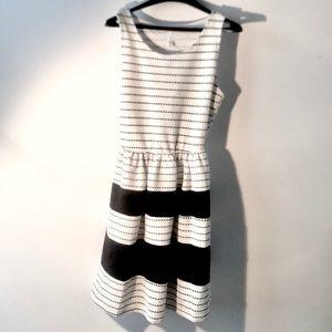"""Super cute """"Gilli USA"""" dress!"""